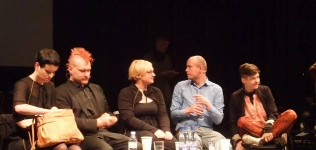 Rabea Edel, Sascha Lobo, Simone Kornappel, Moderator Victor Kuemel, Daniela Seel bei Litfutur, Hildesheim