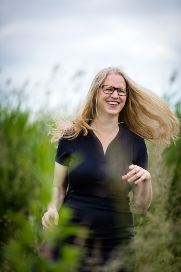 Autorin Isabel Bogdann. Foto von Smilla Dankert, http://smilla-dankert.de/