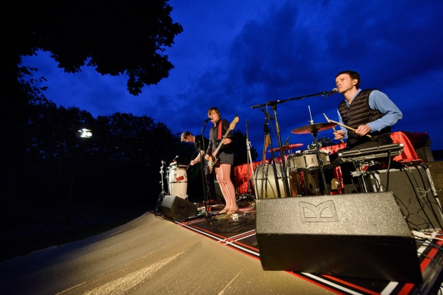 Marlen Pelnys Band Zuckerclub. Foto: Tobias Bohm